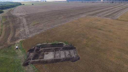 Aerial view of the 2019 Ostriv cemetery excavations. Photo IA NASU.